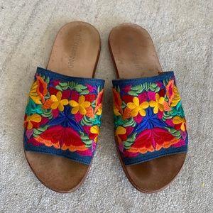 Slide sandals embroidered Jeffrey Campbell
